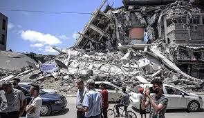"""""""هآرتس"""":  عدم تحويل أموال المساعدة لن يُضعف """"حماس"""""""