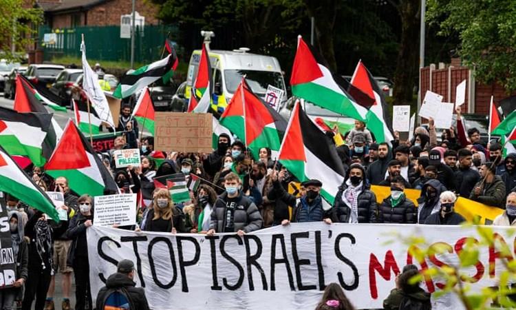"""""""الغارديان"""": الدعم البريطاني لـ""""إسرائيل"""" يساعد في بقاء الاحتلال"""