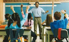 عبارات تهنئة بيوم المعلم
