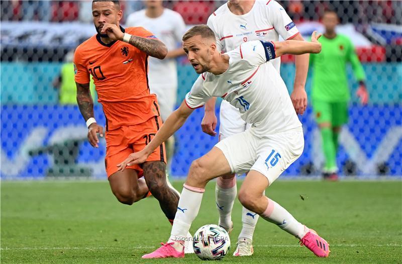 منتخب التشيك يقصي نظيره الهولندي من ثمن نهائي يورو 2020 بالفوز عليه 2-0