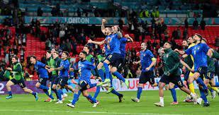إيطاليا تبلغ نهائي أوروبا وتواصل الانتفاضة بعد فشل التأهل لكأس العالم