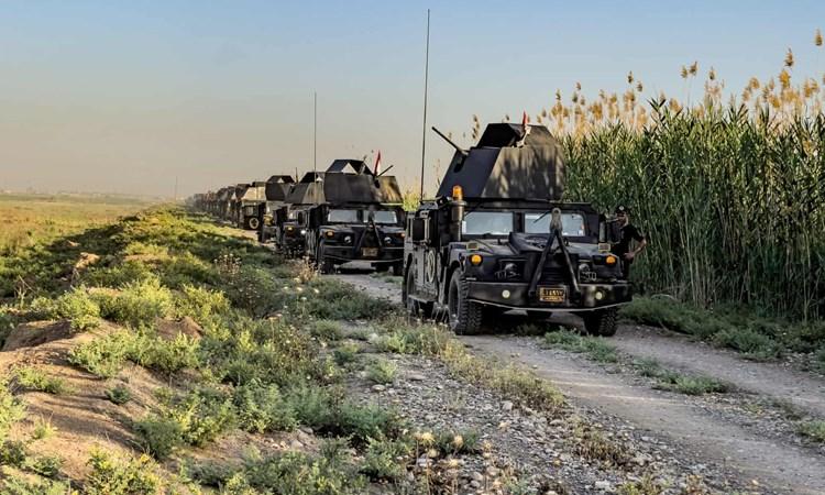 """""""الغارديان"""": مقاتلو داعش يعيدون تجميع صفوفهم في قلب العراق"""