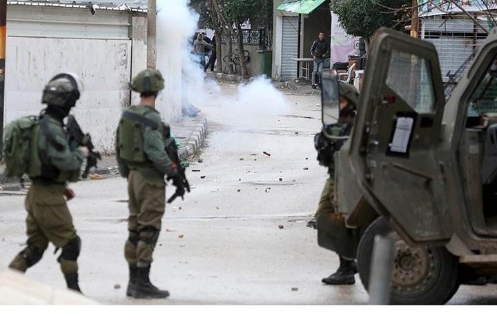 """""""هآرتس"""": تبادل اطلاق النار في جنين يدل على فقدان السيطرة على شمال الضفة"""