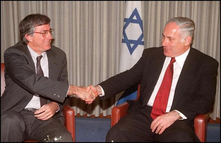 """""""ميدل إيست آي"""": تهديد إيران بالقنابل الإسرائيلية .. هكذا تفكر """"العصابة"""" في واشنطن"""