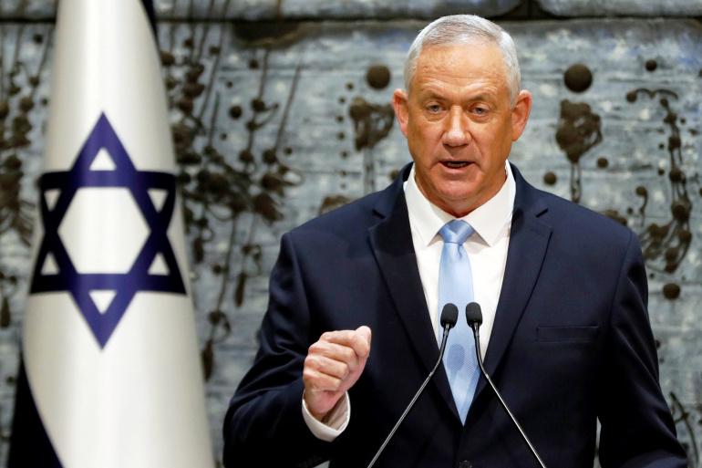 """""""معاريف"""": غانتس يؤكد أن حركة حماس تحاول إنشاء بنية تحتية """"إرهابية"""" في الجنوب اللبناني"""
