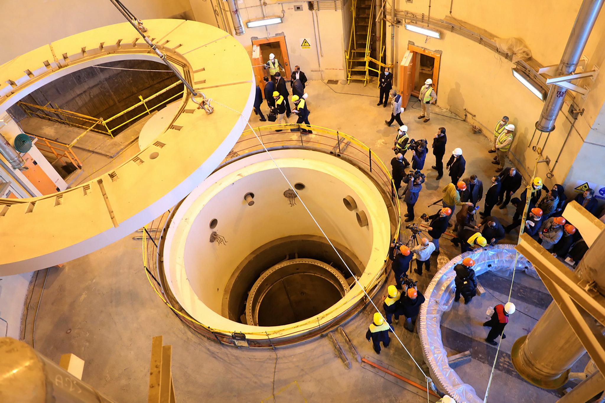 """""""هآرتس"""": تحوُّل إيران إلى دولة على عتبة النووي هو تحدٍّ لسياسة الغموض الإسرائيلية"""