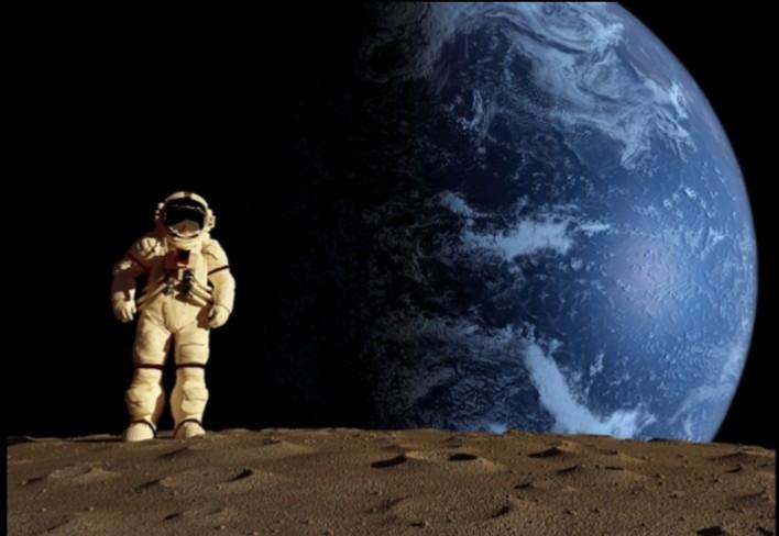 هل توجد كائنات فضائية ومن يتواصل معها؟